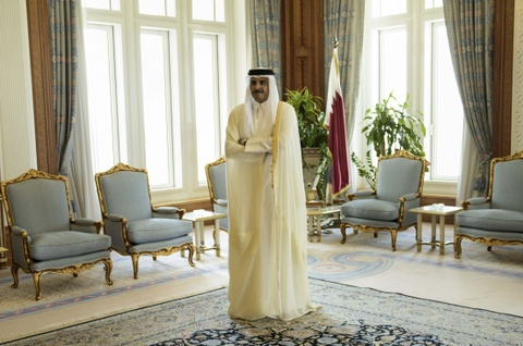 Quoc vuong Qatar, nhan vat tam diem trong vu 'tay chay' o Arab hinh anh 7