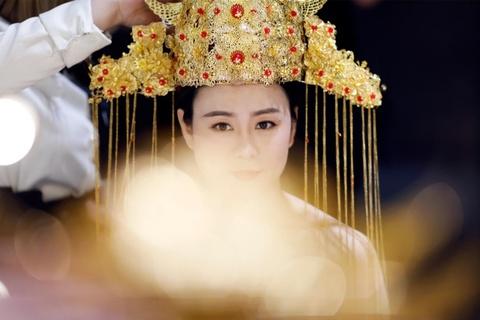 Cac cap doi Trung Quoc vung tien cho album anh cuoi hinh anh