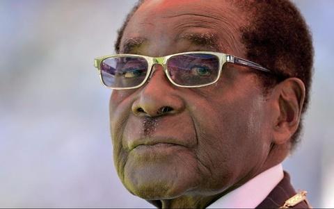 Tong thong Zimbabwe khong chiu tu chuc du bi quan doi gay ap luc hinh anh