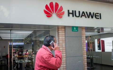 My can nhac cam cac cong ty dung thiet bi Huawei va ZTE hinh anh