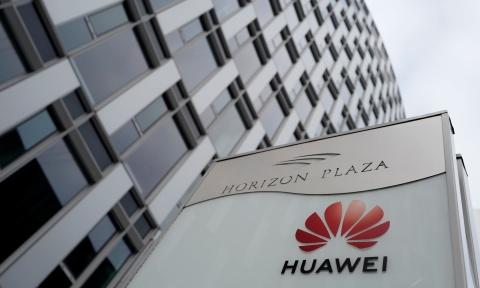 Chau Au phan ung khac nhau truoc keu goi tay chay Huawei cua My hinh anh 3