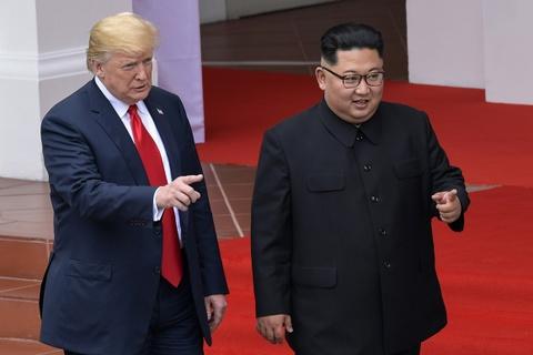 Cuoc gap Kim Jong Un - niem hy vong cua Trump giua roi ren noi bo hinh anh 2