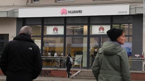 Tinh bao Anh coi nhe canh bao cua My ve Huawei voi mang 5G hinh anh 3
