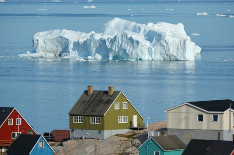 'Ho xa day rac o day' - dan Greenland noi gian khi TT Trump doi mua hinh anh