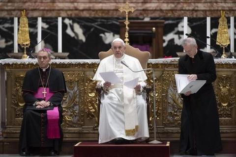 Vatican dung tien quyen gop cho nguoi ngheo de bu tham hut ngan sach hinh anh