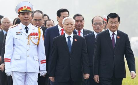 Lanh dao cap cao vieng lang Chu tich Ho Chi Minh hinh anh
