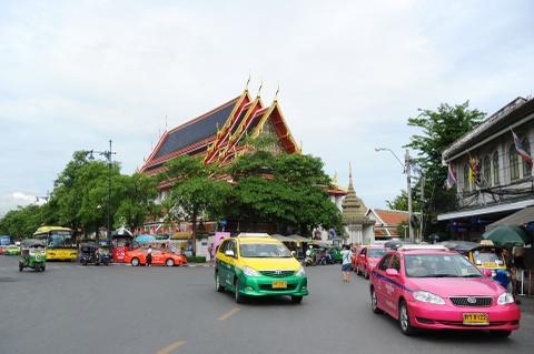 Phuong tien van tai cong cong da dang o Thai Lan hinh anh 11
