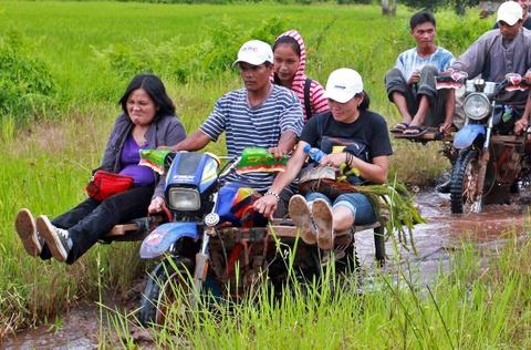 Nhung phuong tien van chuyen doc dao o Philippines, Myanmar hinh anh