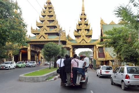 Nhung phuong tien van chuyen doc dao o Philippines, Myanmar hinh anh 18