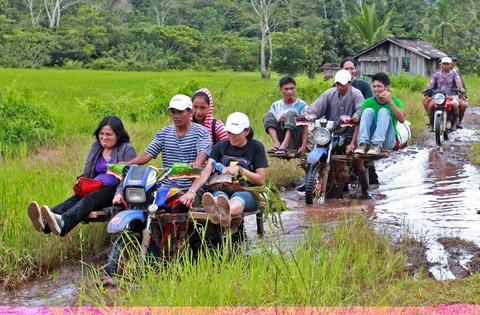 Nhung phuong tien van chuyen doc dao o Philippines, Myanmar hinh anh 12