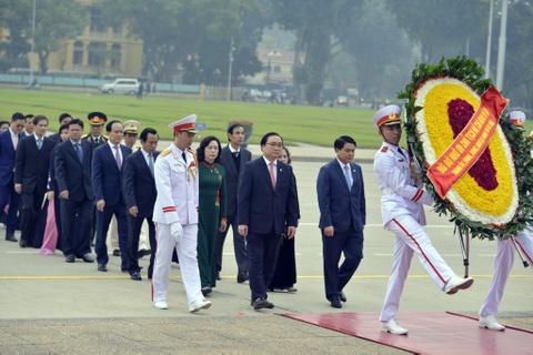 Lanh dao Dang, Nha nuoc vieng Chu tich Ho Chi Minh hinh anh 8