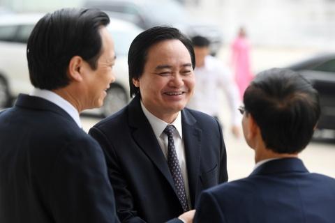 Doanh nhan trong buoi doi thoai voi Thu tuong Nguyen Xuan Phuc hinh anh 4