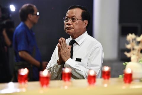 Lanh dao Dang, Nha nuoc va ban be tien biet giao su Phan Huy Le hinh anh 12