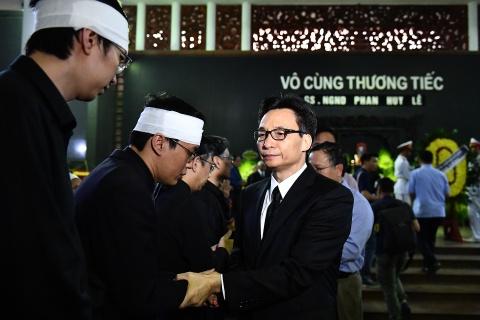 Lanh dao Dang, Nha nuoc va ban be tien biet giao su Phan Huy Le hinh anh 8