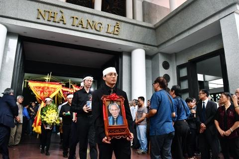 Lanh dao Dang, Nha nuoc va ban be tien biet giao su Phan Huy Le hinh anh 20