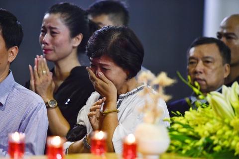 Lanh dao Dang, Nha nuoc va ban be tien biet giao su Phan Huy Le hinh anh 17