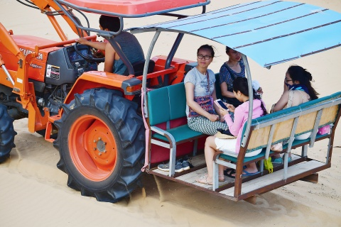 May cay, xe bo hung doc dao cho khach o Mui Dinh hinh anh 15