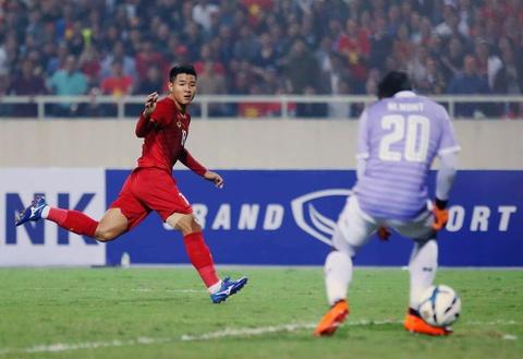 Khoanh khac U23 Viet Nam de bep nguoi Thai kho tin tren san My Dinh hinh anh 5