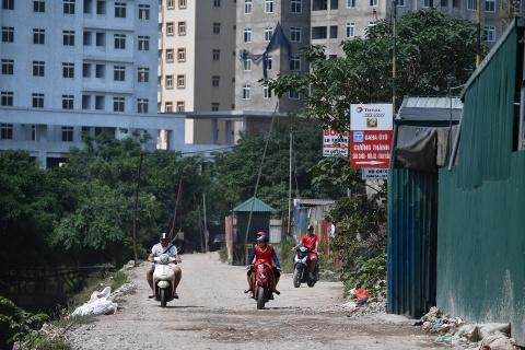Tuyen duong thi cong cham hon rua bo qua khu do thi Tay Ho Tay hinh anh 11