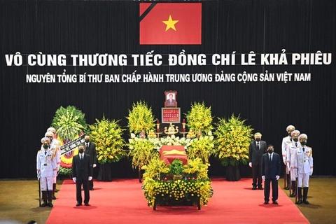 Lanh dao cap cao vieng nguyen Tong bi thu Le Kha Phieu hinh anh