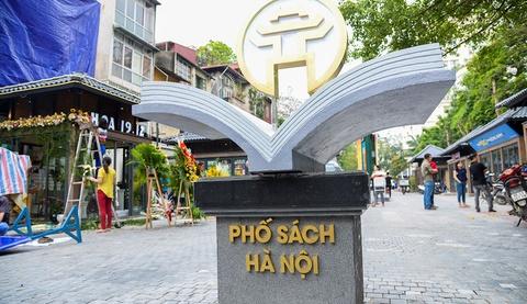 Ha Noi chuan bi cho Hoi sach nhan dip Tet hinh anh