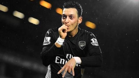 'Thanh' Iker tro lai doi hinh tieu bieu Champions League hinh anh 10