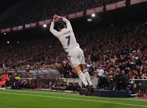 Ha Atletico, Ronaldo trinh lang kieu an mung moi hinh anh 4