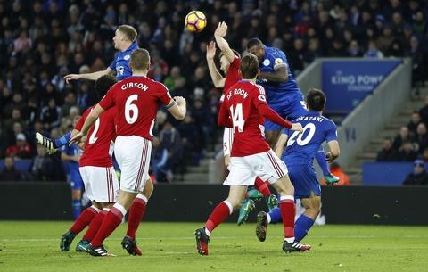 Leicester hoa hu via 2-2 nho penalty o phut bu gio cuoi hinh anh 3