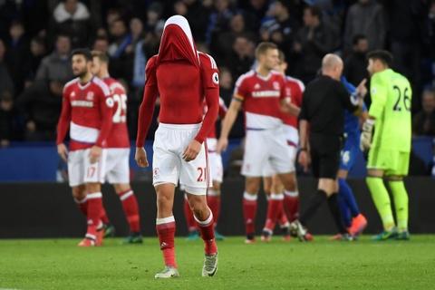 Leicester hoa hu via 2-2 nho penalty o phut bu gio cuoi hinh anh 9