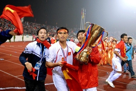 Cac thanh vien DTVN vo dich AFF Cup 2008 gio ra sao? hinh anh 9