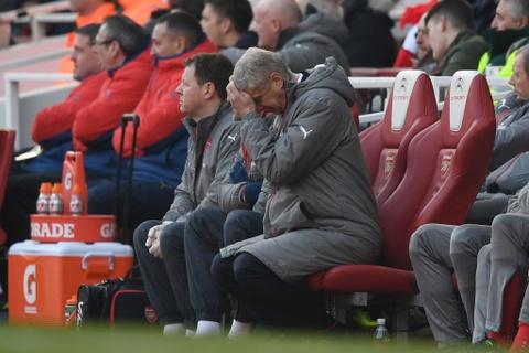 Arsenal thang nghet tho trong tran cau kich tinh hinh anh 5