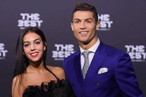 Ronaldo canh cao ban khac gioi cua nguoi yeu hinh anh