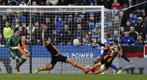 Leicester lai thang 3-1 sau khi thay tuong hinh anh 2