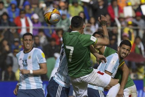 Argentina that bai ngay sau khi Messi bi cam thi dau hinh anh 4