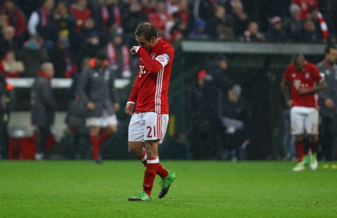 Bayern te nhat sau 17 nam hinh anh 4