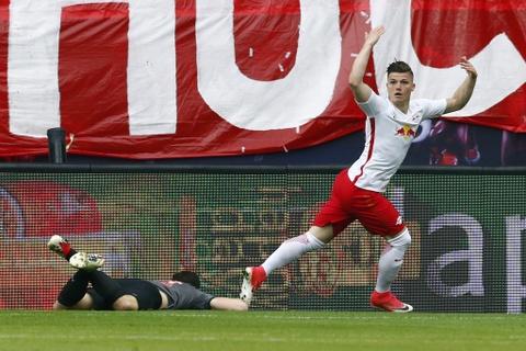 Bayern nguoc dong khong tuong 5-4 truoc RB Leipzig hinh anh 2