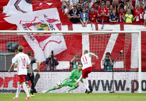 Bayern nguoc dong khong tuong 5-4 truoc RB Leipzig hinh anh 5
