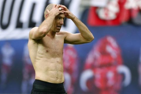 Bayern nguoc dong khong tuong 5-4 truoc RB Leipzig hinh anh