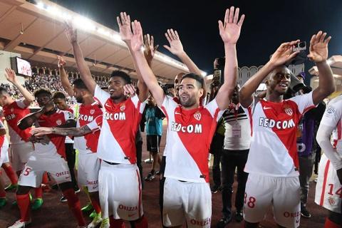 Falcao nang cup, Monaco vo dich Ligue 1 sau 17 nam cho doi hinh anh 3