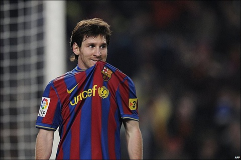 Messi tung day trong tai o El Clasico va thoat an treo gio hinh anh