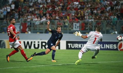 Harry Kane ghi 2 ban giup Anh thang 4-0 o vong loai World Cup hinh anh