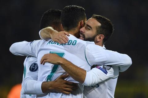 Song sat Ronaldo - Bale toa sang giup Real nhan chim Dortmund hinh anh 16