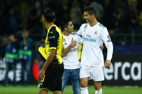 Song sat Ronaldo - Bale toa sang giup Real nhan chim Dortmund hinh anh 15
