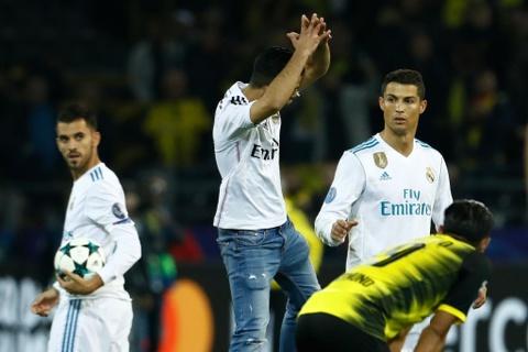 Song sat Ronaldo - Bale toa sang giup Real nhan chim Dortmund hinh anh 14