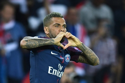 Neymar - Cavani giup PSG nhan chim Bayern hinh anh 5