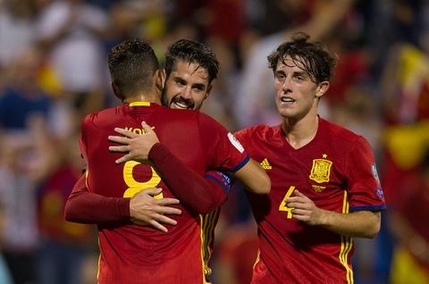 Sao Real ruc sang giup Tay Ban Nha doat ve di World Cup hinh anh