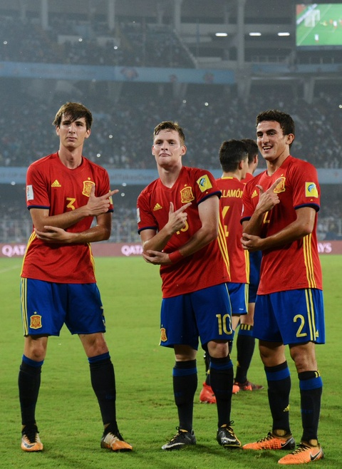 Vui dap Tay Ban Nha 5-2, tuyen Anh vo dich U17 the gioi hinh anh 2
