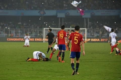 Vui dap Tay Ban Nha 5-2, tuyen Anh vo dich U17 the gioi hinh anh 11