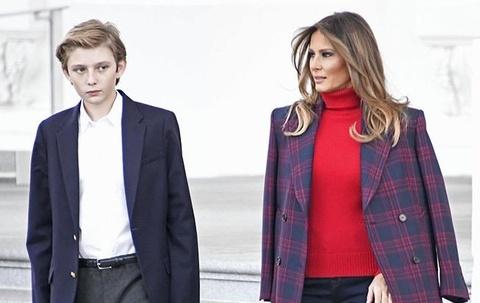 Barron Trump 'gây bão' mạng khi cao hơn 1,90 m và ngày càng đẹp trai