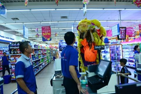 Gioi kinh doanh Sai Gon thue lan - su - rong khai truong hinh anh 5